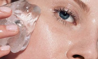 Prime Skin Before patting on foundation, run an ice cube over your face, focusing on areas with enlarged pores. The cold water will cause pores to reduce in size and minimize their appearance under makeup. Icing these areas before your application of a primer can yield extra-smooth results fit for an ice queen
