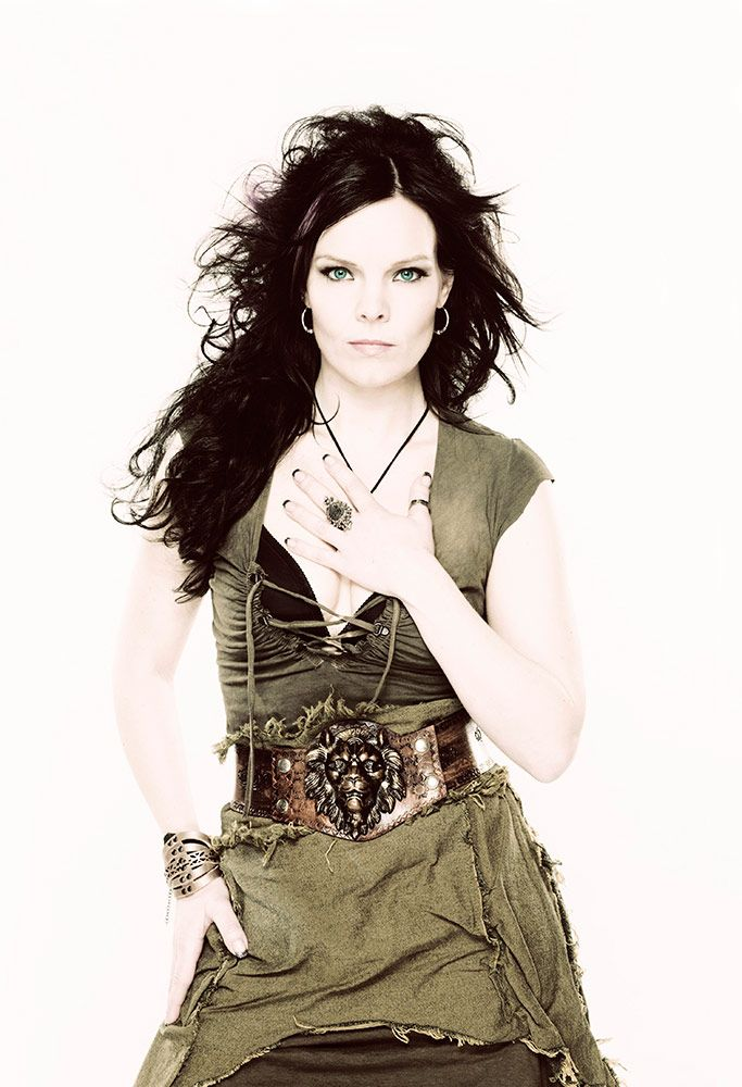 gorgeous voice can move from slinky jazz to soaring rock vocals with ease. <3 anette olzon