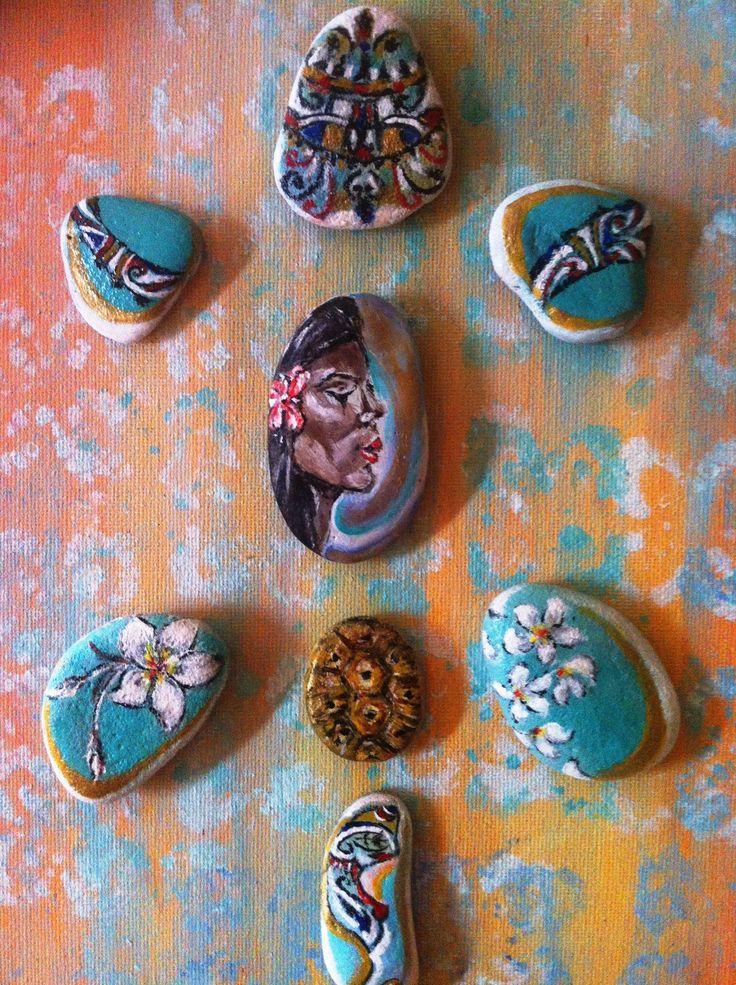 Tableau - inspiration Tahiti , galets peints a la main