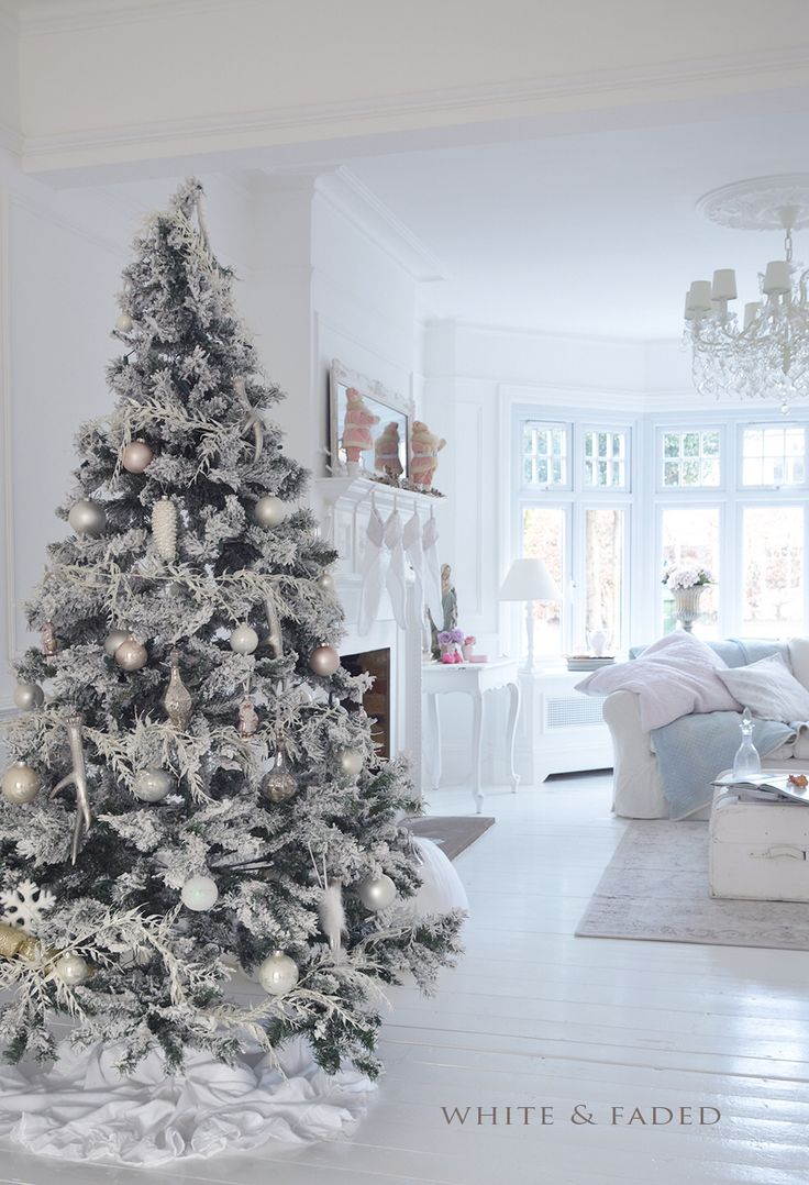 Unique White Xmas Tree Ideas On Pinterest White Christmas - Decorating dining room christmas white silver christmas palette