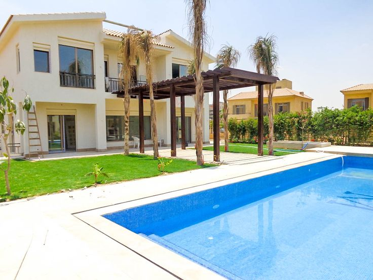 Property Type : Villa Land Area : 880 Square Meters BUA : 560 Square Meters Bedrooms :5