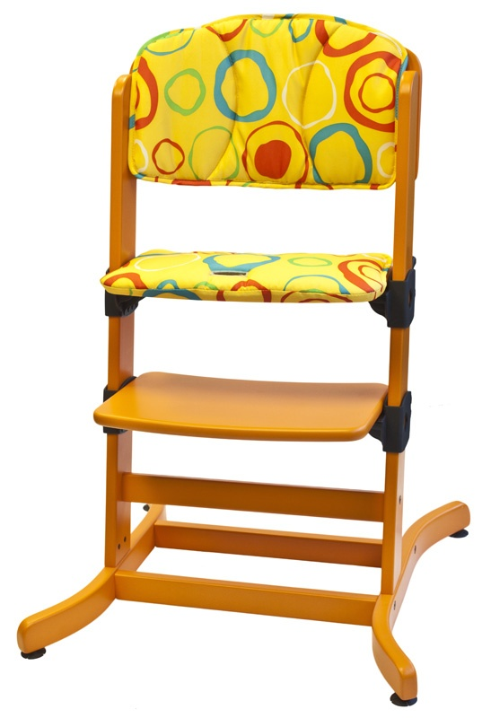 The guzzie+Guss comfort pad, shown in Lemon Circles, is easily removable, machine washable and long lasting. add this to your G+G 212 highchair to protect the finish and add comfort.     Material:  100% Polyester
