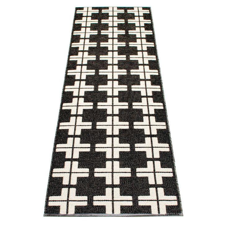 Klas Rug Black/Vanilla 70x280, Pappelina #pappelina #rug #rugs #carpet #carpets #design #interiordesign #royaldesign