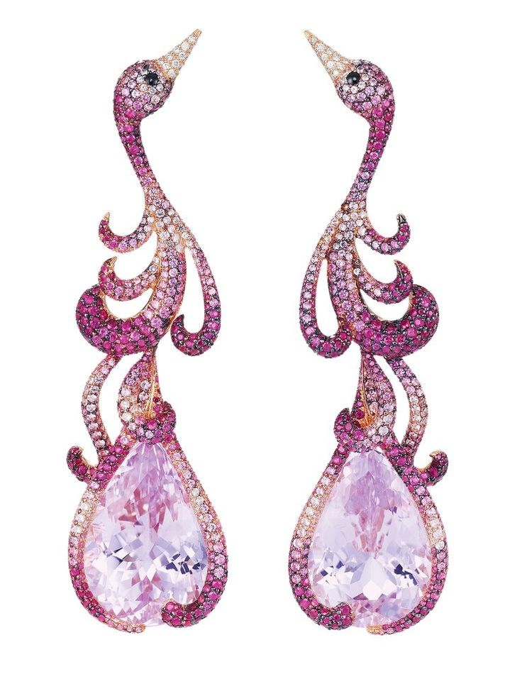 Flamingo Earrings from Red Carpet Collection by CHOPARD... wonderful!!! Because I love animals :-)