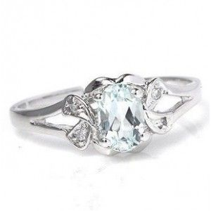 1/2 Carat Aquamarine Engagement Ring for Her on Sale