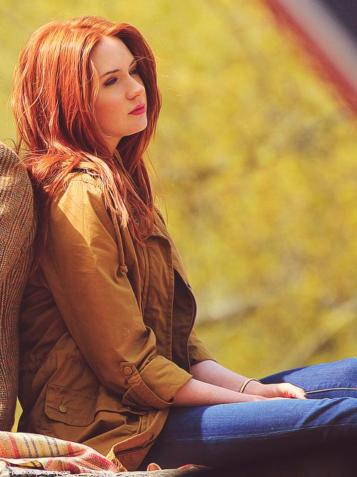 Can I have her hair? Perfect color!