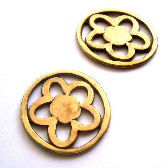 Flower antique brass pendant / charm / connector