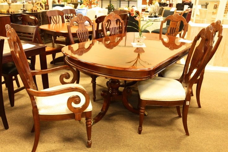 dining table las vegas dining table and chairs. Black Bedroom Furniture Sets. Home Design Ideas
