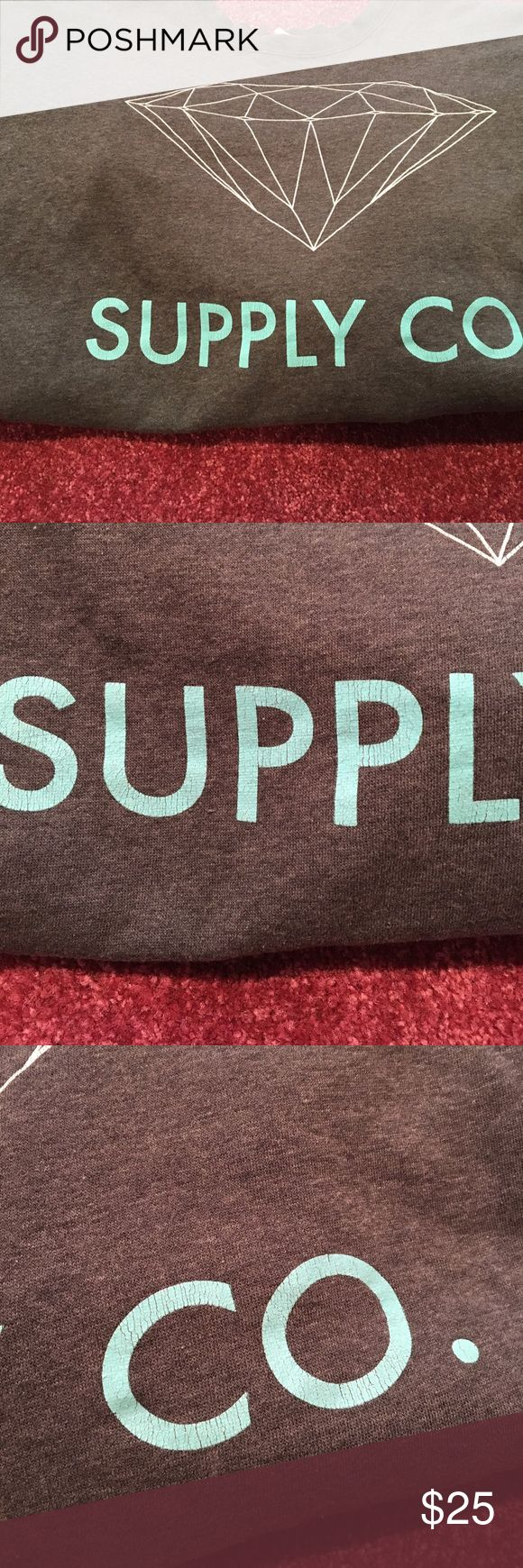 Men's Diamond Supply Co. Sweatshirt Men's size Xl Diamond Supply Company sweatshirt. The letters and the diamond are cracking a little bit see pictures but the sweatshirt still has a lot of life left. 24 inches long and 44 inches in the chest. Diamond Supply Co. Other
