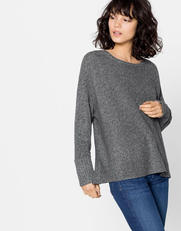 Pullover manica giapponese 17,99 €  - Maglia - Abbigliamento - Donna - PULL&BEAR Italia