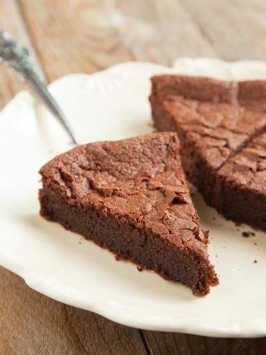 Gâteau très rapide au yaourt et au chocolat - Recette de cuisine Marmiton : une recette