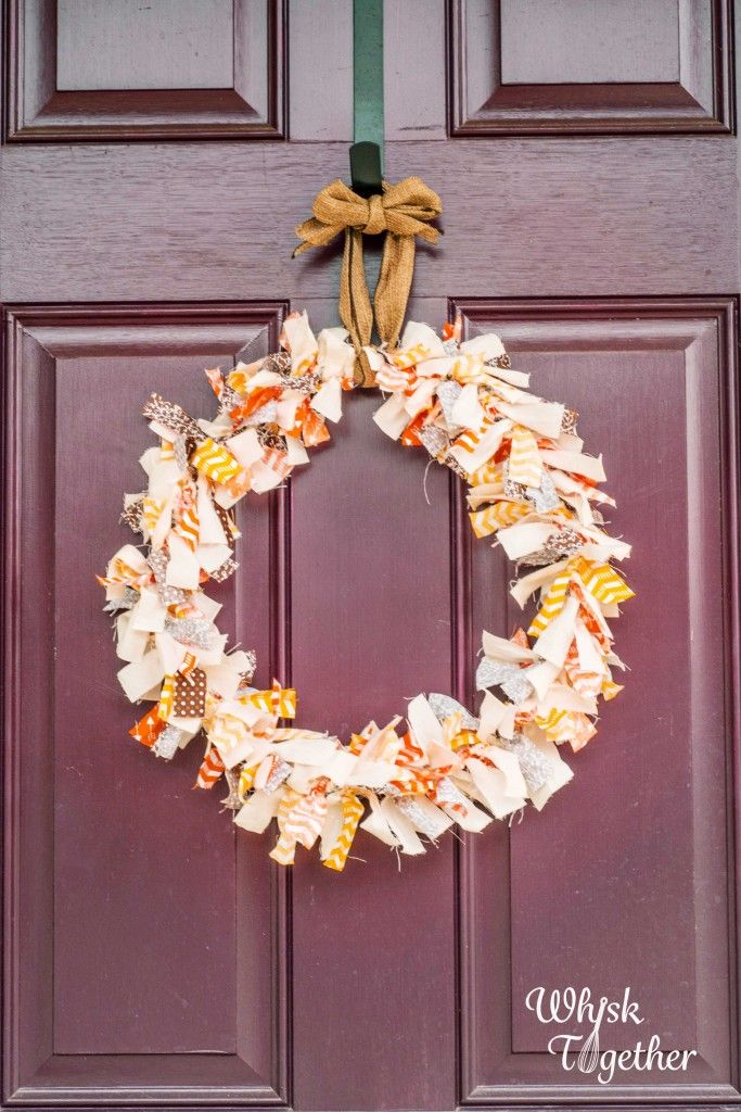 how to make fabric wreath on wire frame