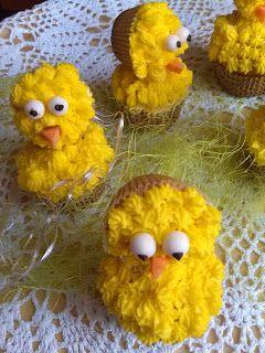 RADOŚĆ KIPIĄCA UŚMIECHEM.: Babeczki kurczaczki.