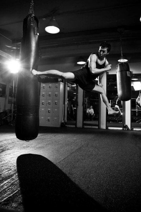 Donnie Yen Training, Incredible Speed And Focus!!