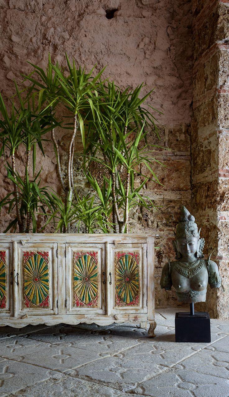 sideboard aus holz im rustikalen look und mit orienalischer inspiration - Kopfteil Plant Holzbearbeitung