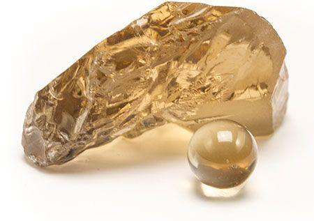 The beautiful golden Honey Quartz is the divine magic gem of manifestation. Used i all our Danish designed jewelry.