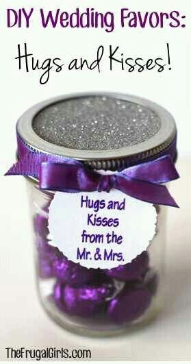"""I want to have a """"candy bar"""" with empty jars kinda made like this to have as """"take away gifts"""" that would be soooo much fun!!!"""