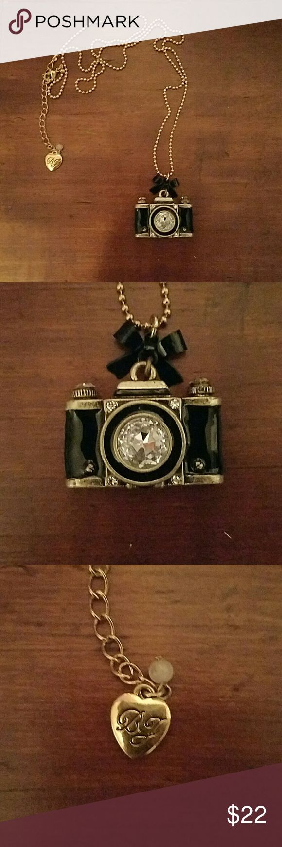 Besty Johnson Camera Necklace This Besty Johnson Camera Necklace is in great condition  **All pieces is in Tact **Not crack **Preowned **No Bag, No Trades Please.. Besty Johnson Accessories