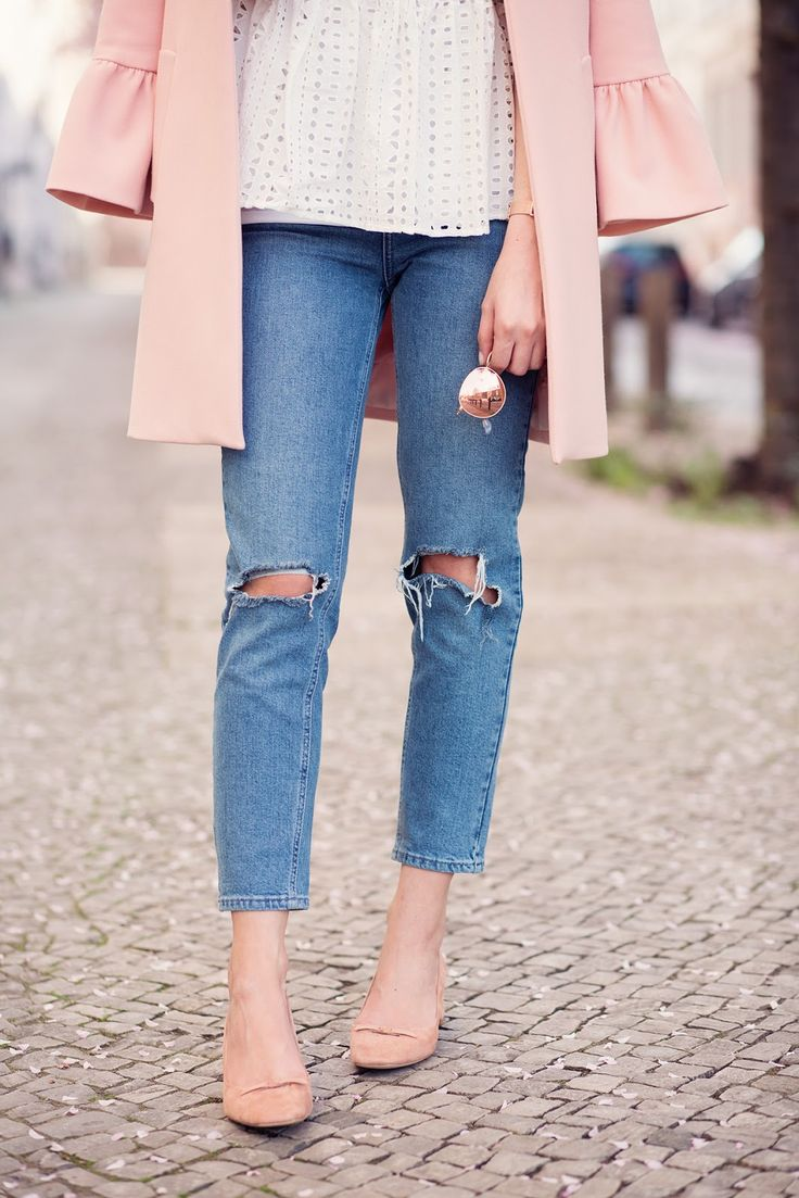 Mom Jeans and Bell Sleeves // Inlovewith