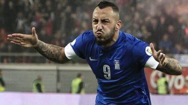 Konstantinos Mitroglou (Grecia) delanteto de 26 años del Fulham de Inglaterra.