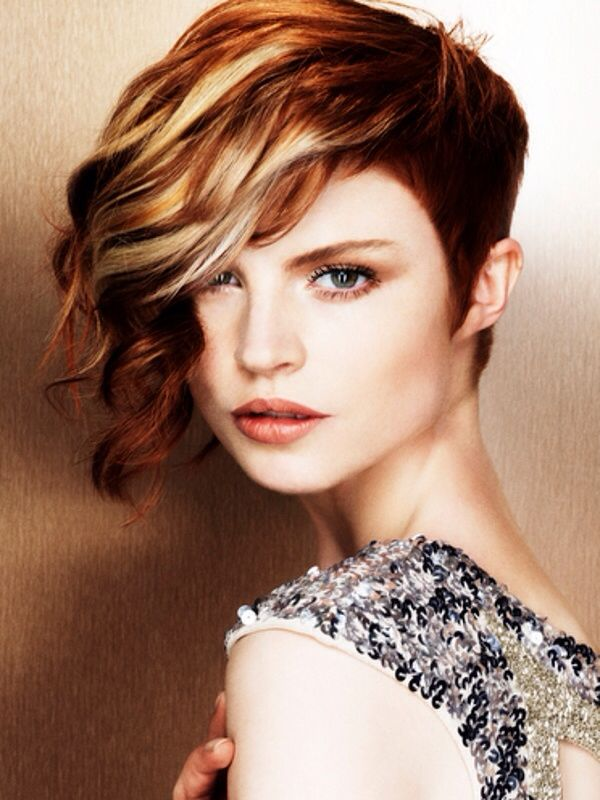 Image from http://www.hollywoodofficial.com/wp-content/uploads/2015/01/blonde-and-red-combo-hair.jpg.