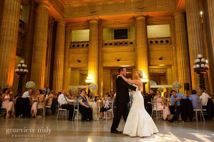 Sophisticated Wedding Venue at the Cleveland City Hall Rotunda