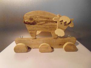 mucca, animaletti, legno, materiale di recupero, artigianato, cow, wood, porta abiti