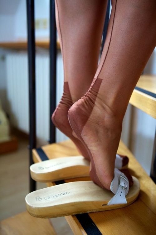Pantyhose toes and soles