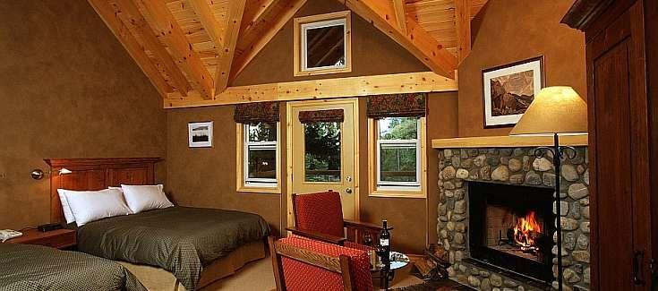 Banff Accommodations   Buffalo Mountain Lodge   CRMR