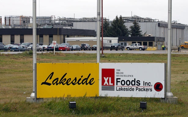 Meat recall: XL Foods Inc. lays off 2,000 employees temporarily