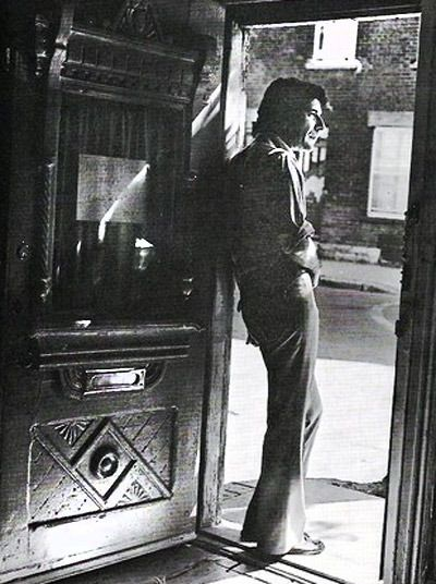 Leonard Cohen, 1974 #uruguay #mexico #tango #gardel #constelaciones #leonardcohen #barcelona https://icarolavia.blogspot.com.es/2016/11/muerte-donjuan-leonard-cohen.html