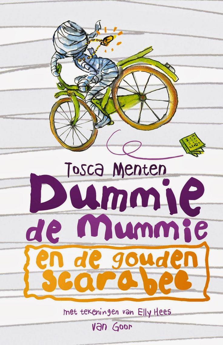 """Recensie van Anne Meike (★★★★★) over """"Dummie de mummie en de gouden scarabee"""" (Dummie de mummie 1) van Tosca Menten   2e recensie van dit boek   Van Goor, 2009 (1e druk), 251 bladzijden, illustraties van Elly Hees   Als Goos uit school komt, vindt hij een levende mummie in zijn bed. Goos en zijn vader besluiten dat niemand mag weten dat 'Dummie' er is. Dat valt niet mee als Dummie mee naar school wil!   http://www.ikvindlezenleuk.nl/2014/12/tosca-menten-dummie-de-mummie-en-de.html"""
