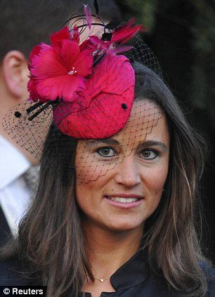 lady jane grays castel   Stand out: Miss Middleton wore a fuchsia fascinator to match her dress ...