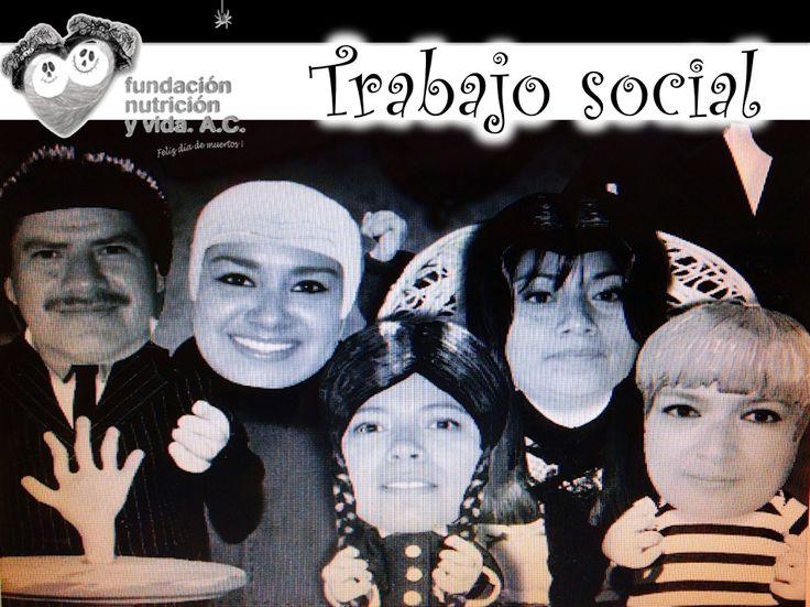 el equipo de trabajo social les desea felices y divertidas fiestas