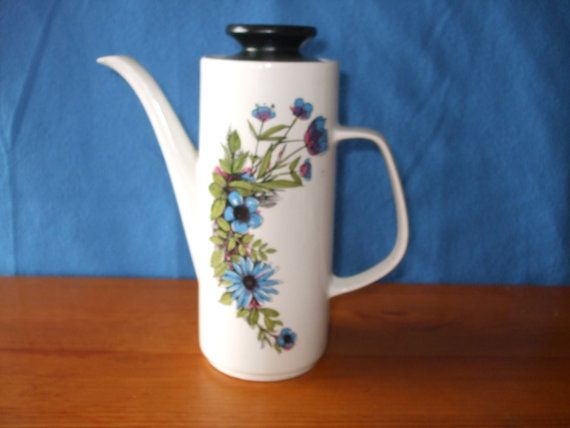 Hey, I found this really awesome Etsy listing at https://www.etsy.com/listing/232004832/j-g-meakin-studio-coffee-pot