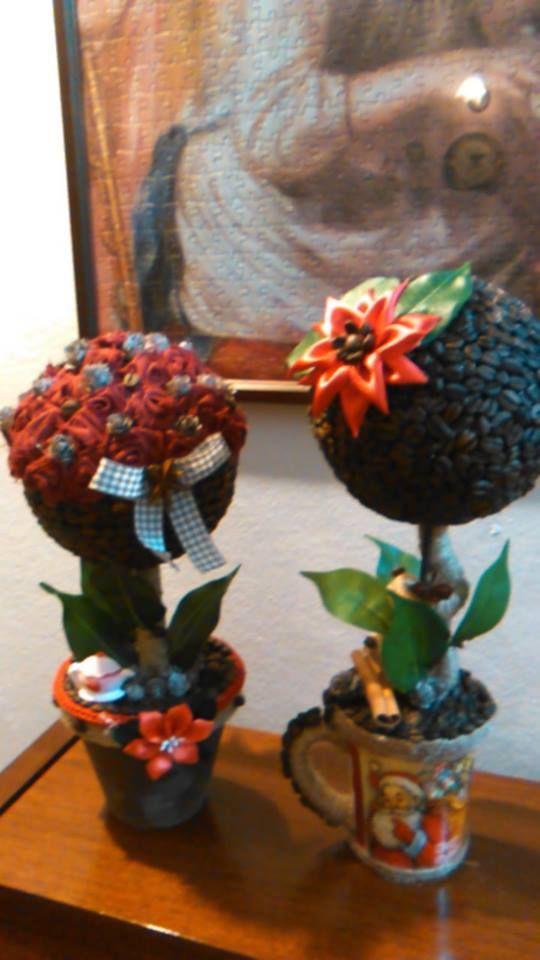 piantine con decorazioni chicchi di caffè ,fiori in stoffa e raso