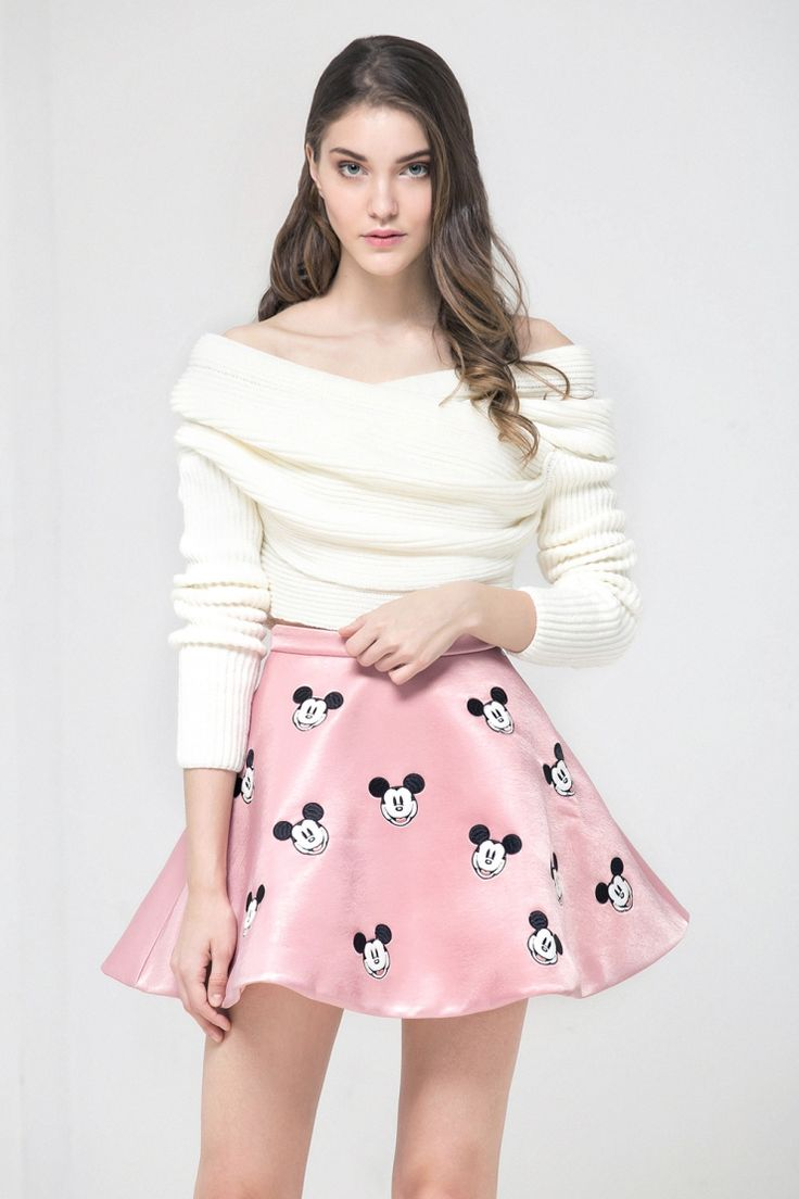 Skirt Mickey Mouse. #model #streetstyle #shop #wowdrobe #wow   Online fashion store wowdrobe.ru