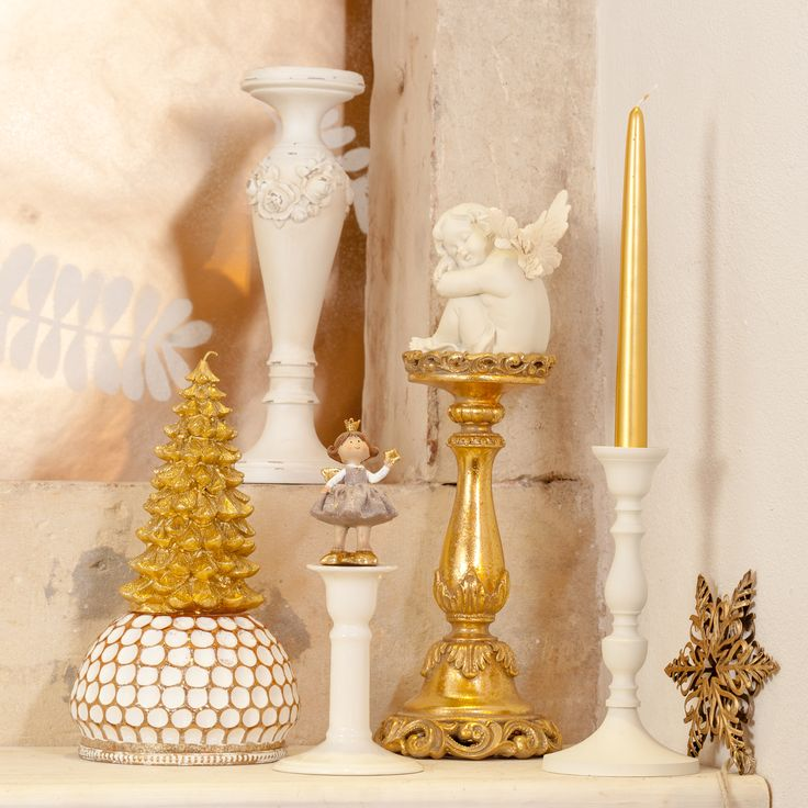 Golden sparkling magical Decorations, miniature angels and unique moments