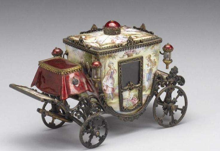 miniature coach: