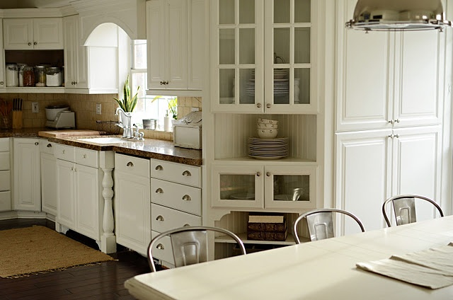 83 best images about kitchen cabinet colors on pinterest for Benjamin moore white paint for kitchen cabinets