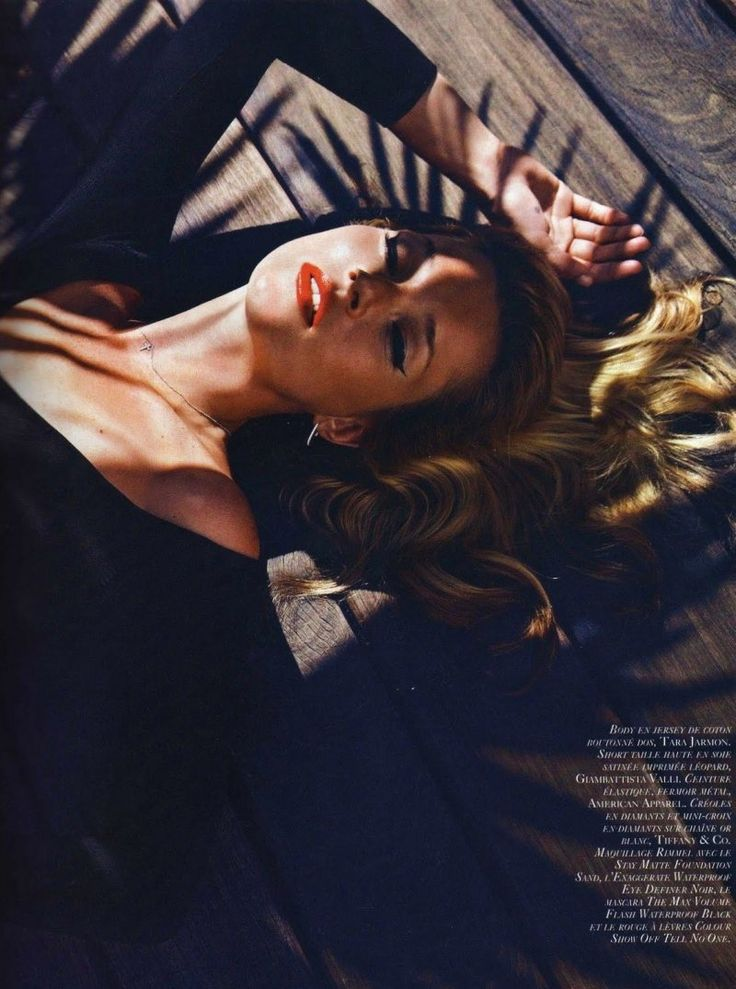 Kate Moss by Mario Sorrenti for Vogue Paris