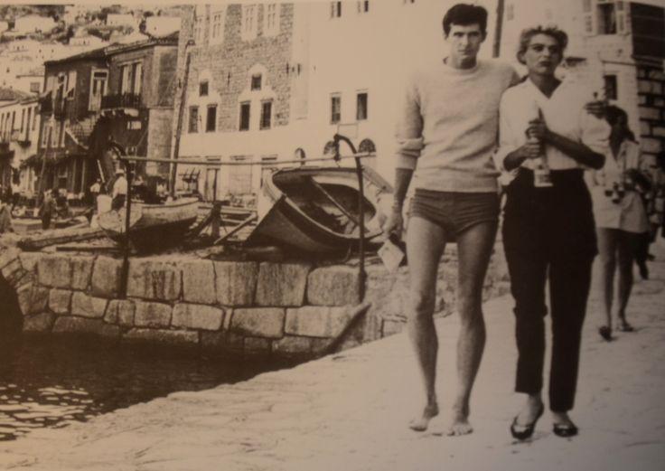 """ΥΔΡΑ: """"Φαίδρα"""" με τη Μελίνα Μερκούρη και τον Αντονυ Πέρκινς (1962)."""