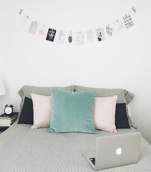 minimalist bedroom | diy wall decor  photo display | @julia.cam