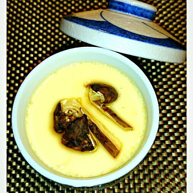 信州上田塩田産松茸で茶碗蒸しを作りました‼ 香りが美味しいです - 17件のもぐもぐ - 松茸茶碗蒸し by olive39