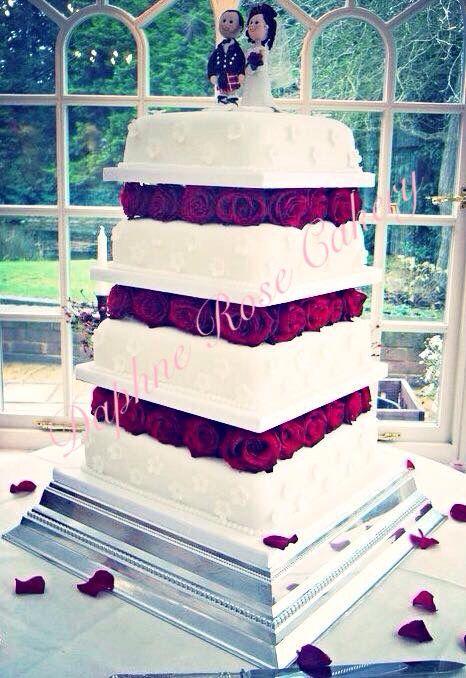 #redroses #roses #square #4tier #weddingcake #winter #snowwhite email drcakery@gmail.com based in Dartford, Kent, UK