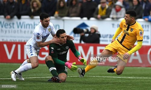 01-29 SUTTON, GREATER LONDON - JANUARY 29: Marco Silvestri of... #lazevtuhinju: 01-29 SUTTON, GREATER LONDON - JANUARY 29:… #lazevtuhinju