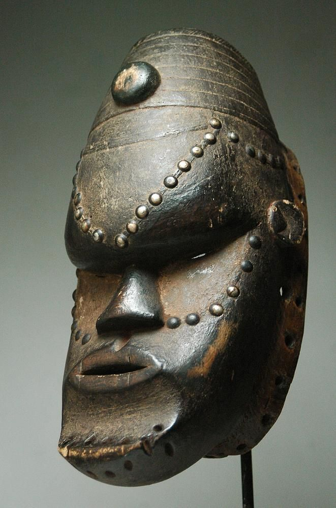 Africa | Mask from the Bete people of Ivory Coast or Liberia | Wood and metal | ca. early to mid 20th century