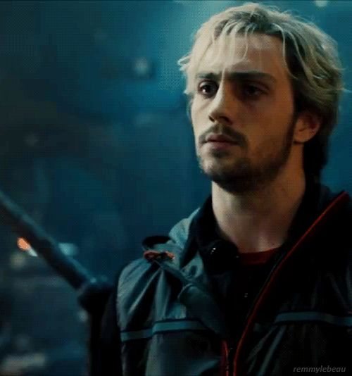 pietro maximoff aaron johnson | Aaron Johnson as Pietro Maximoff in the Avengers: Age of Ultron ...imho, he NAILED this part