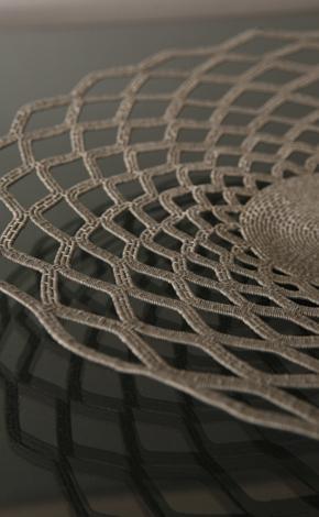 Wire Work: handwoven in kwazulu-natal from telephone wire: Tejido Por, Zulus Con, Wire Work, Wire, Lace Wirework, Telephone Wire, Zulu Lace, By, Los Zulus