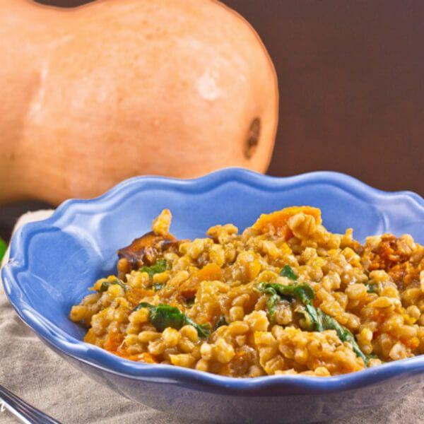 Geroosterde butternutpompoen , spinazie en gerst risotto – Puur Gezond